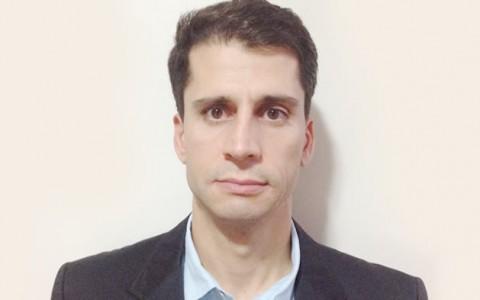 Dr. Marcus Tulius de Brito Lemes Sousa. CRM GO 9905